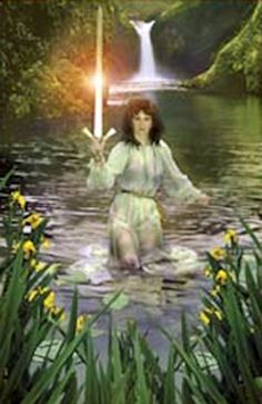 KING ARTHUR... LADY OF THE LAKE IN THE WATER AND SWORD